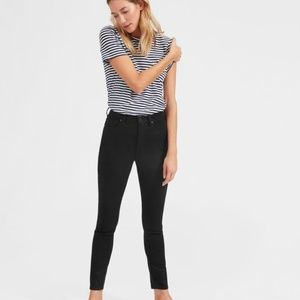 Everlane High Rise Skinny Jean in Black
